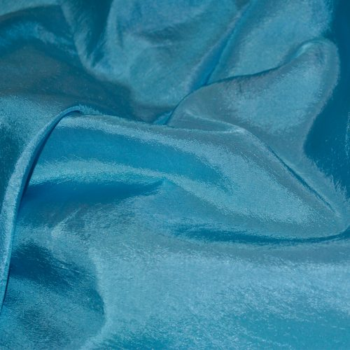 Baby Blue Crinkle 132 Round
